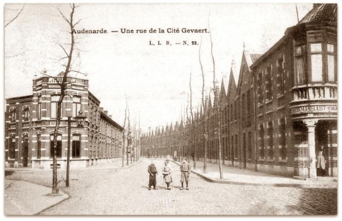 een foto van hoe de gevaertsdreef er uit zag ten tijde van jaren 1900